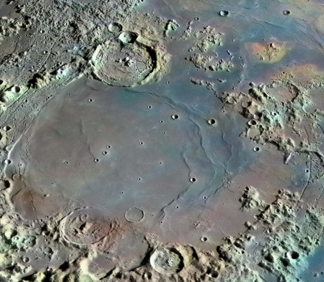 exploring the moon The moon is considered to have experienced a magma ocean, with whole-body melting differentiation and crystallization of the melt formed today's crustal moon.
